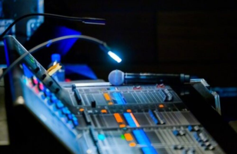 AUDIO AND VIDEO SOLUTIONS 3